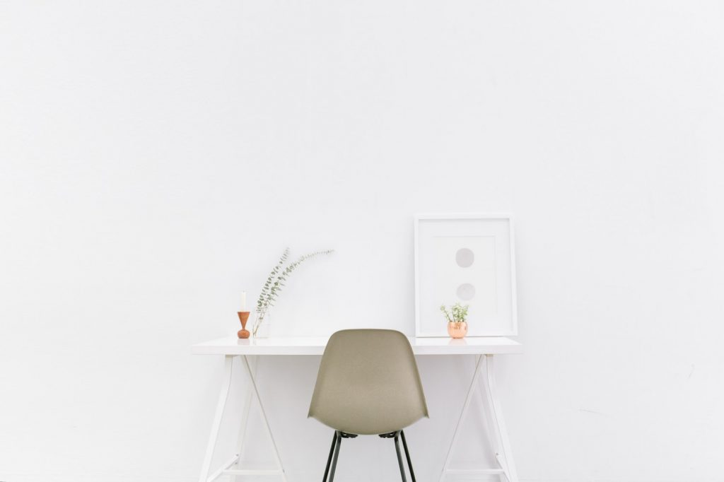How to live as a minimalist and save money