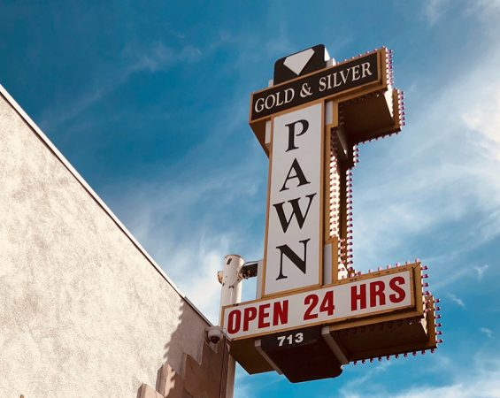 What's the difference between pawning and selling